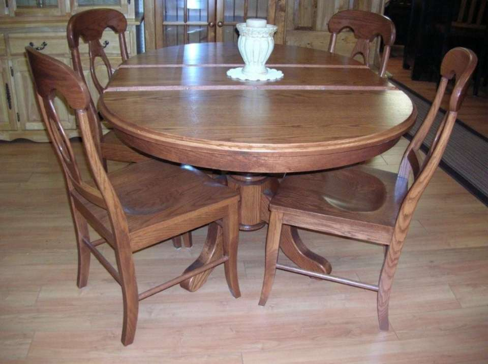 Solid Oak 5 Piece Single Pedestal Table Set